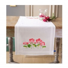 VERVACO DMC NEEDLEWORK table runner kit geraniums
