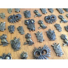 10 Mixed Bronze Owl Charms